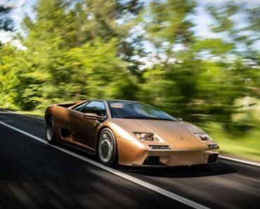 Lamborghini diablo celerates 30th anniversary