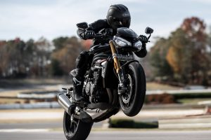 2021-Triumph-Speed-Triple-1200-RS