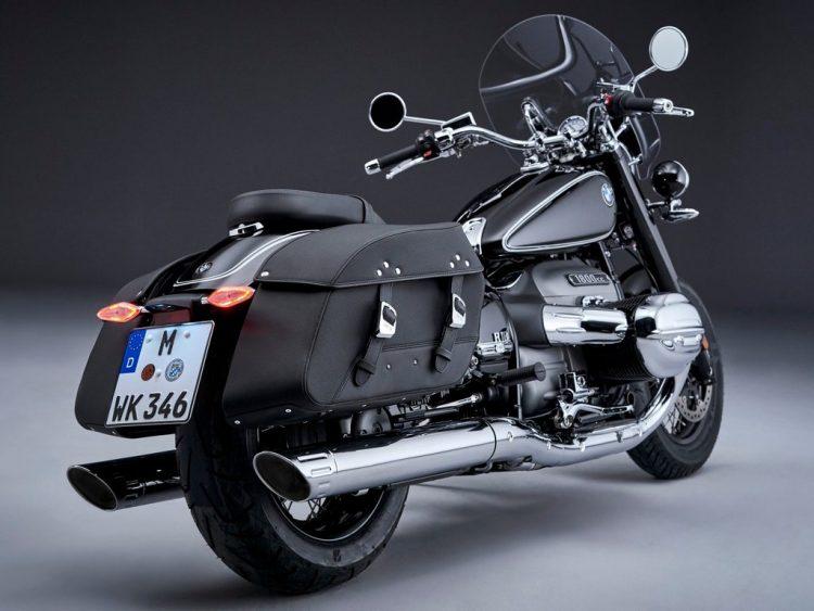 BMW-R-18-Classic-Rear-Profile
