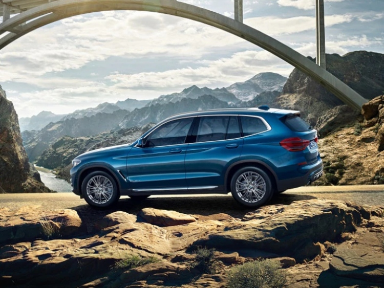 bmw-x3-sport-x-side-profile-4218